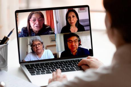 Foto Nota Destacado 1 Conversatorio mujeres (pantallazo)